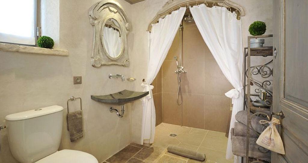 Come arredare un hotel in stile provenzale - HF Arredo Contract