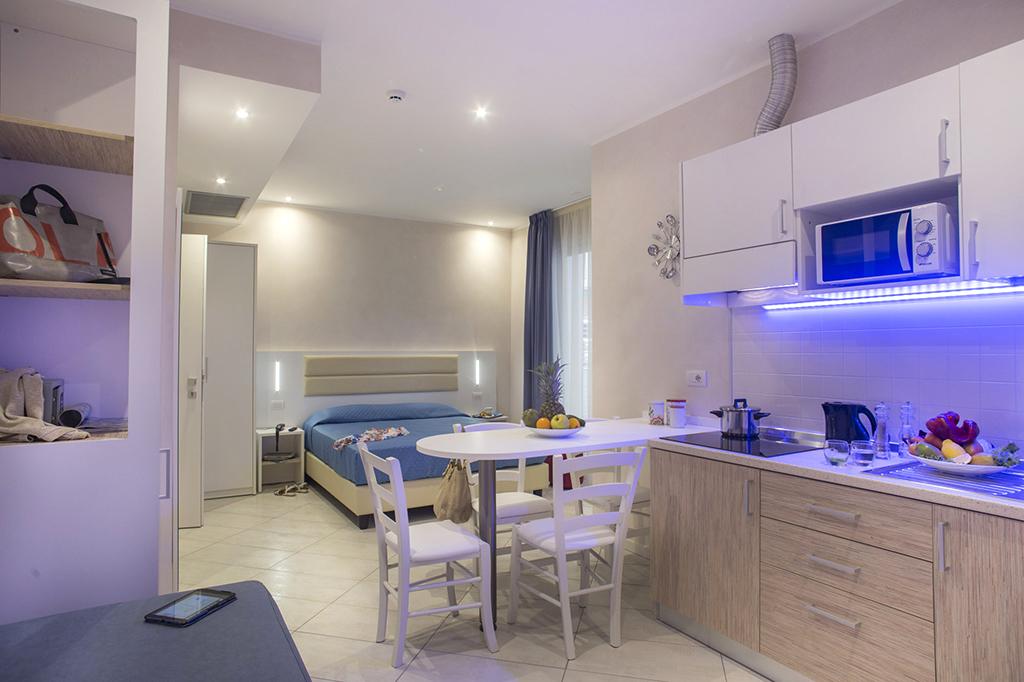 Residence White